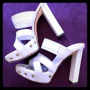 Sexy 🤍White Studs Platform High Heel Shoes Kiana